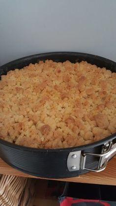 Apple crumble cake with pudding - Rezepte kuchen - Apple Crumble Recipe Easy, Best Apple Crisp Recipe, Apple Crisp Topping, Apple Crumble Cake, Apple Crisp Recipes, Apple Cake, Crumble Topping, Easy Baking Recipes, Easy Cake Recipes
