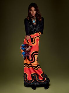 Supermodel Jourdan Dunn takes the cover of Vogue Japan's January 2016 issue with a spotlight on Burberry Fall Winter 2015 collection. The dynamic duo behind the camera was once again enlisted by Vogue Japan, in Fashion Poses, Dope Fashion, Daily Fashion, Trendy Fashion, Fashion Outfits, Tribal Fashion, Fashion Editorials, African Fashion, Runway Fashion