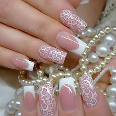 Uñas de novia estilo francés con estampados blancos French Nails, French Acrylic Nails, Cute Acrylic Nails, Bride Nails, Wedding Nails, French Nail Designs, Nail Art Designs, Great Nails, Cute Nails