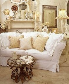 In love with this room. Shabby chic at its best!