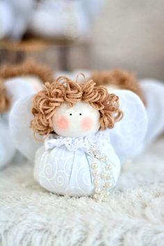 1 million+ Stunning Free Images to Use Anywhere Christmas Angels, Christmas Crafts, Christmas Ornaments, Knitted Dolls, Plush Dolls, Sock Crafts, Diy And Crafts, Christmas Door Decorations, Holiday Decor