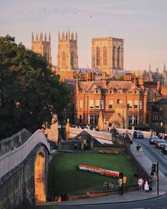 """✨ Visit York ✨ on Instagram: """"We are delighted to announce that York has been voted in the Top 10 UK Destinations in the Condé Nast Traveler 2021 Readers' Choice Awards!…"""" Visit York, York Uk, Uk Destinations, Choice Awards, New York Skyline, Top, Travel, Instagram, Count"""