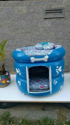 15 DIY outdoor cat house for your fur babies - Lombn Sites Animal Room, Tire Craft, Tire Furniture, Furniture Ideas, Furniture Market, Cat House Diy, Tiny House, Tyres Recycle, Diy Dog Bed