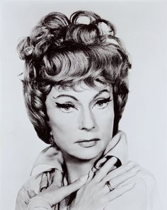 agnes moorehead / endora / bewitched