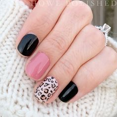 Feb 2020 - Color Street Mixed Mani Ideas: Midnight in Manhattan, Trend Spotted, & No Way San Jose. Diy Nails, Cute Nails, Pretty Nails, Nail Color Combos, Nail Colors, Nail Color Trends, Talon Nails, Nagellack Design, San Jose