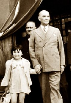 German Volkischer Beobachter gazetesiatatürk Turkey & # t the only enemy remained . - adel home Adele, Turkey History, Turkish Army, Happy Children's Day, The Turk, Ottoman Turks, Great Leaders, Historical Pictures, Historical Quotes