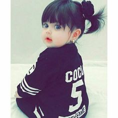 Pin by Faiza's Diary🌻 on lovely cute babies Cute Little Baby Girl, Cute Kids Pics, Cute Baby Girl Pictures, Little Babies, Baby Love, Happy Playlist, Cute Babies Photography, Cute Baby Wallpaper, Pretty Kids