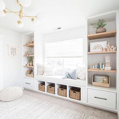 Don't feel limited to just pink or blue. Discover inspiration for creating your own beautifully neutral nursery design with our picks. Built In Shelves, Built Ins, Nursery Shelves, Baby Shelves, Nursery Design, Playroom Design, Playroom Ideas, Nursery Neutral, Nautical Nursery