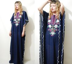 EMBROIDERED Dress 70s Vintage Kaftan Tunic Navy Blue Long Maxi Hippie Boho Bohemian 1970s vtg M L