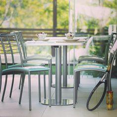 Cadeira Devant Maison Linha #modele#clube#sol#saude#tenis#beleza#leveza