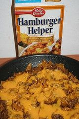 How to Make Hamburger Helper Seasoning With Variations. Save money while using homemade ingredients when you make this homemade hamburger helper mix. Variations using the mix are included with this recipe. Ground Beef Recipes, Turkey Recipes, Wrap Recipes, Dinner Recipes, Dinner Ideas, Jambalaya, Salisbury, Homemade Hamburger Helper, Homemade Hamburgers