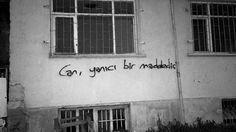 Can, yanıcı bir maddedir.  #sözler #anlamlısözler #güzelsözler #manalısözler #özlüsözler #alıntı #alıntılar #alıntıdır #alıntısözler #şiir #edebiyat
