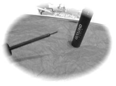 http://ilovecosmetics.com/es/409-delineador-de-ojos-n-8713885024253.html  Delineador de ojos negro de Guylond Guylond