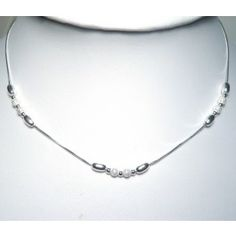 Sterling Silver Oval beads necklace.   Chain length 42cm. 39€.  Sku : CL1020