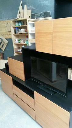 Bajo escalera con espacio para tv Tv, Under Stairs, Space, Television Set, Television