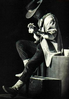 In memory of Stevie Ray Vaughan who tragically passed away on  this day (August 27th) in 1990.
