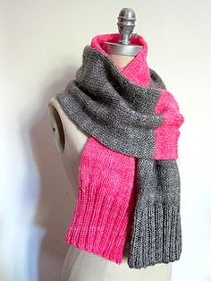 Split Personality Scarf By Espace Tricot - Free Knitted Pattern - (ravelry)