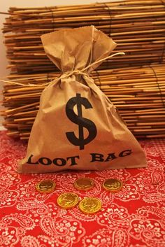 Cowboy party with loot bags and chocolate coins! Could use Hershey's nuggets as gold bars! or for Casino night Rodeo Party, Cowboy Theme Party, Farm Party, Anniversaire Cow-boy, Festa Toy Store, Party Mottos, Wild West Party, Cowgirl Birthday, Cowboy Birthday Party Games