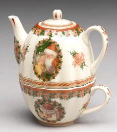 Tea For One Christmas Teapot Victorian Santa & Child Porcelain China