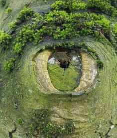 the land is ancient and nature watches over us closely as proved by the amazing piece of land art utilising and manipulating the natural enviroment here Beautiful World, Beautiful Places, Amazing Places, Beautiful Sites, Science And Nature, Nature Nature, Green Nature, Natural Wonders, Nature Pictures