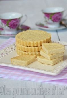 SHORTBREAD ÉCOSSAIS Biscuits, Tasty, Yummy Food, Biscuit Cookies, Scones, Vanilla Cake, Food Videos, Muffins, Food And Drink