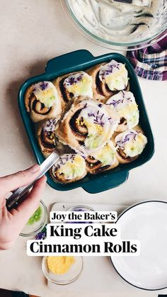 Just Desserts, Delicious Desserts, Dessert Recipes, Yummy Food, Cinnamon Rolls, Sweet Recipes, Holiday Recipes, Baking Recipes, Food To Make