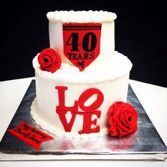 40 years of love anniversary cake.