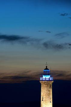 copycat | Flickr - Photo Sharing! #Marseille #sunset #lighthouse #sky