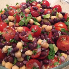 SUPER EASY and oh so good for you, 2 Bean Salad! :) #healthy #food #recipe
