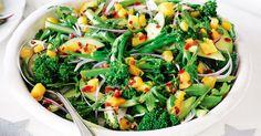 Broccolini summer salad with mango salsa - Ruccola Salat Rezepte Creamy Pasta Salads, Easy Pasta Salad, Easy Salads, Summer Salads, Christmas Salad Recipes, Christmas Nibbles, Christmas Meals, Christmas Deserts, Xmas Recipes