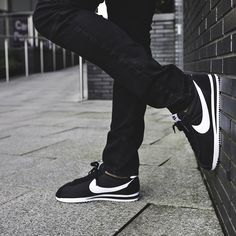 sports shoes 93f5c 1f1a3 Nike Classic Cortez Nylon Trainers in Black and ...