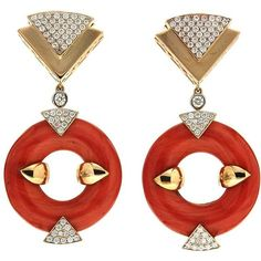 Doughnut Coral Diamond Gold Triangle Motif Earrings ($25,500) ❤ liked on Polyvore featuring jewelry, earrings, red, gold jewelry, yellow gold diamond earrings, triangle diamond earrings, diamond jewelry and red coral earrings