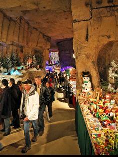 Kerstmarkt in gemeentegrot Valkenburg .