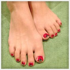 Lady bug, lady bird nail art