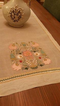 Types Of Embroidery, Embroidery Needles, Cross Stitch Embroidery, Embroidery Patterns, Hand Embroidery, Zardozi Embroidery, Turkish Art, Cutwork, Textile Art