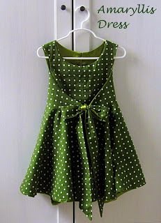 This looks like a child's dress. I want a grown-up one!!