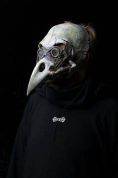 The Harbinger plague doctor mask bird skull mask (80.00 GBP) by Ministryofmasks