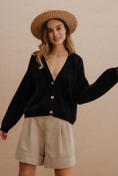 Bell Sleeves, Bell Sleeve Top, Model, Black, Tops, Fashion, Moda, Black People