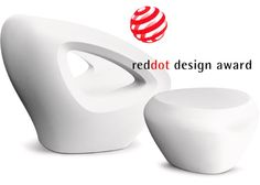 Reddot award for the Seaser chair & Teaser table... Rotation moulded plastic outdoor design furniture by Lonc living products, www.lonc.nl