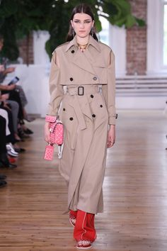 Valentino Resort '18  Pierpaolo Piccioli, former partner to Maria Grazia Chirui, showed a similarly extensive collection for Valentino in New York last month. The standout accentswere actually smart styling hacks: white tube socks paired with dainty, bright strappy sandals; fur attached to otherwise innocuous shower shoes; and the way in which his handbags were held. The clothes were less formal than Valentino's usual offerings, and seemed to lean into the concept of ready-to-wear as…