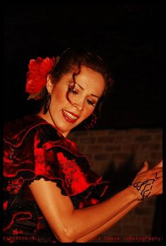 Cynthia Del Carmen - Originally from Mexico City DF flamenco dancer. She has taken master classes with great teachers such as: Seguiriya, Intensive courses in Atlanta Georgia and With the dancer Antonio Vargas. Please visit Cynthia's webpage on BajaArtists.com to read and view videos and photo.