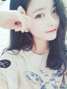 私が最近気になっている韓国の女の子キム・ナヒちゃんです実は私の1つ下なんです!大人っぽい…✨