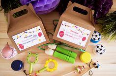 No sabéis que regalar a los niñ@s de vuestra #boda? Las ** Cajitas de Picnic** llenas de chuches y algún juguete; #yoyos, #combas, #lápices... son perfectas para que los niños se lo pasen genial ese día!! Además van personalizadas con vuestros nombres y la fecha de la boda!!.#detallesdeboda #detallesdebodaparaniños #cajaspicnic #cajaskraft #detallesparaboda #detallesdebodapersonalizados