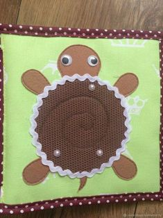 this would be cute in a fidget quilt with a marble inside! Diy Quiet Books, Baby Quiet Book, Felt Quiet Books, Quiet Book Templates, Quiet Book Patterns, Sensory Book, Fidget Quilt, Book Quilt, Busy Book