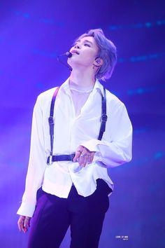 Jimin i loooooooooooove yoooooouuuuuuuuu Park Ji Min, Bts Boys, Bts Bangtan Boy, Bts Taehyung, Jikook, K Pop, Bts Aesthetic, Purple Aesthetic, Foto Jimin