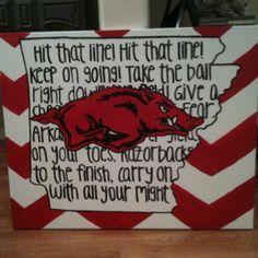 Razorback painting Not chevron but stripes and a bison Razorback Painting, Woo Pig Sooie, University Of Arkansas, Arkansas Razorbacks, Diy Canvas, Crafty Craft, Classroom Decor, Art Projects, Artsy