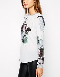 Image 3 ofWarehouse Oversized Floral Sweat Top