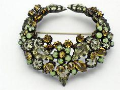Signed Schreiner NY Vintage 3 D Inverted Rhinestone Art Glass Brooch Pin