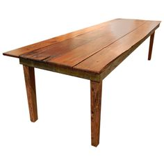 Rustic Southern Georgian Pine French Farm Table   From a unique collection of antique and modern farm tables at https://www.1stdibs.com/furniture/tables/farm-tables/