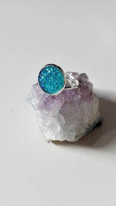 Bague Outlander sassenach celtique argenté cristaux bleu vert idée cadeau féérique Miss Perles